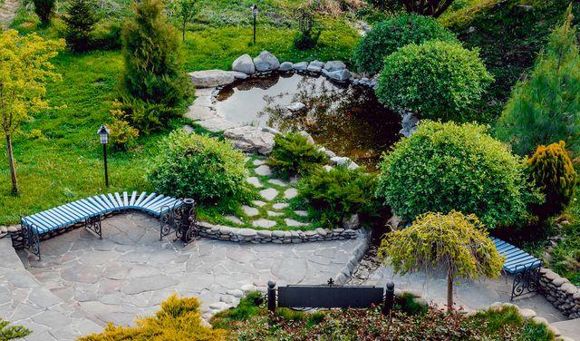 Nápady do záhrady na svahovitom pozemku