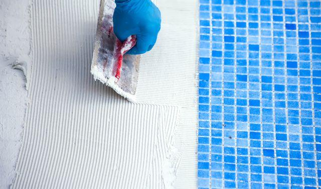 Stavebná chémia potrebná pri budovaní bazéna