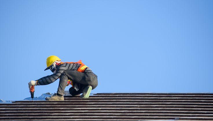 Vymeniť či opraviť strechu?