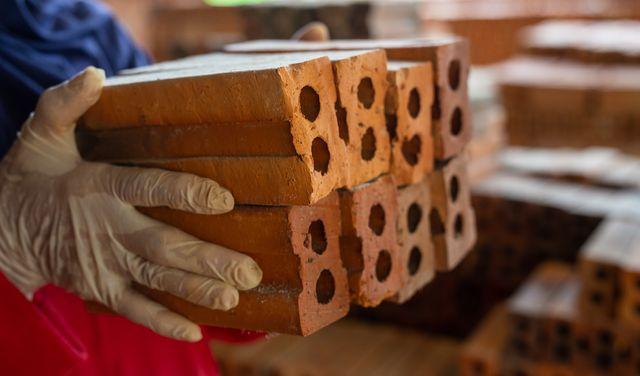 Stavebné materiály bežne používané v stavebníctve