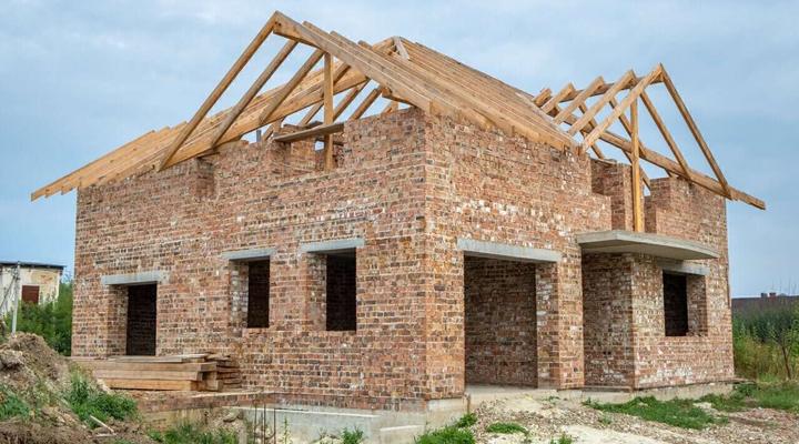 Hrubá stavba