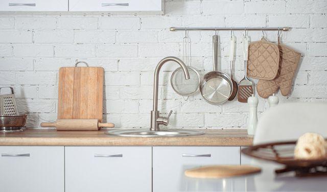 Ako zvládnuť prerábku kuchyne bez problémov?